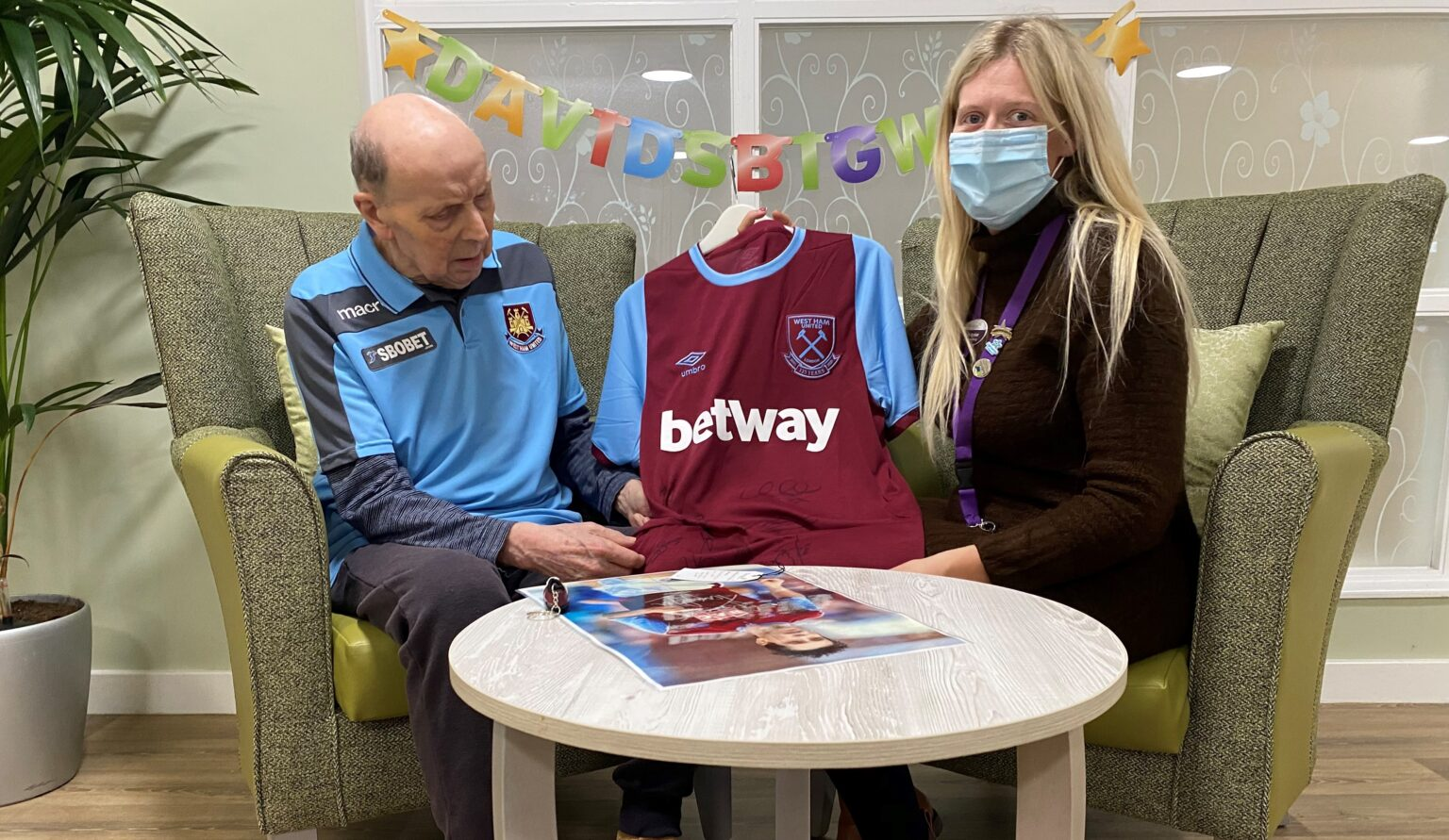 Care Home Resident, and Football Enthusiast, gets his Big Wish Granted